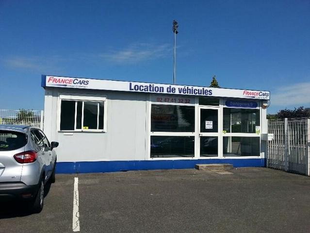 Location de voiture et utilitaire blois france cars for Location agence
