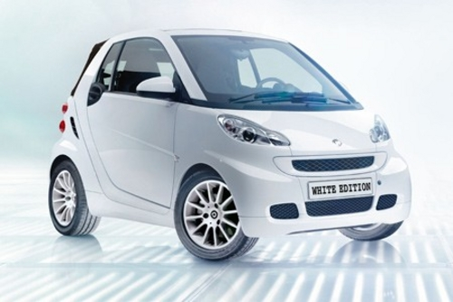 la smart fortwo white edition france cars. Black Bedroom Furniture Sets. Home Design Ideas